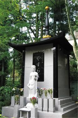 少子高齢化や核家族化の影響で、永代供養墓が注目されていると聞いたのですが
