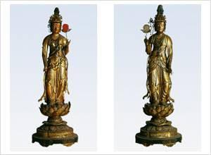 日光菩薩像(左)・月光菩薩像(右)