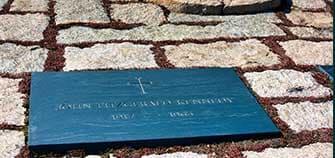 海外と日本のお墓事情の違い