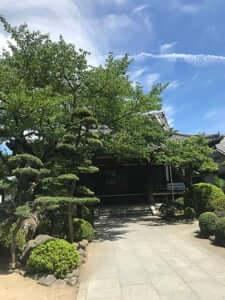 満願寺 本堂