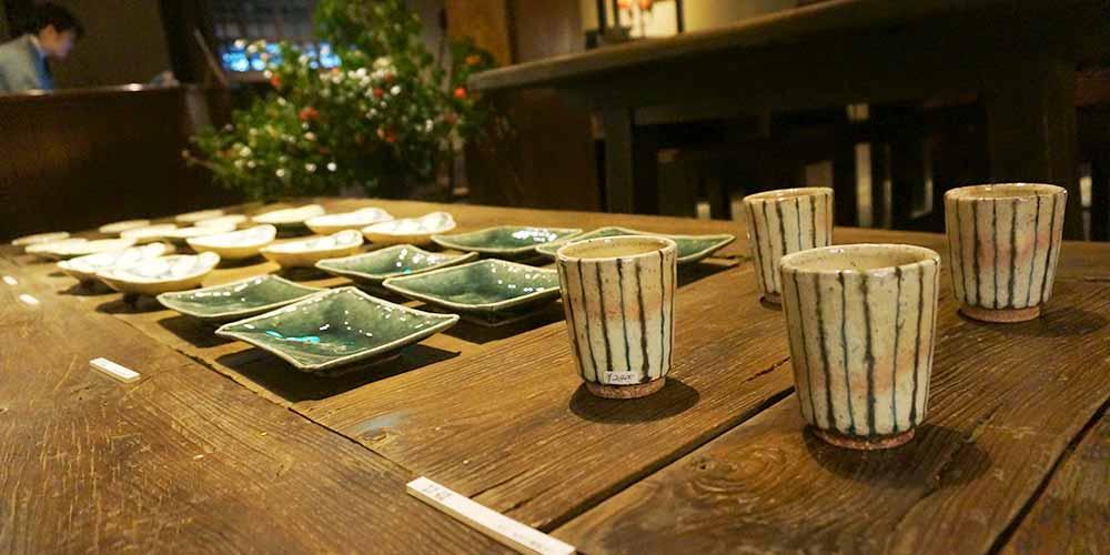 美しい食器にインスピレーションを刺激される「燈々庵」