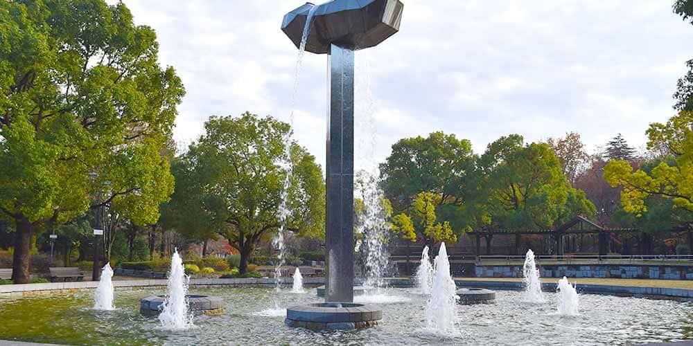 アートにも触れられる市民の憩いの場「府中の森公園」