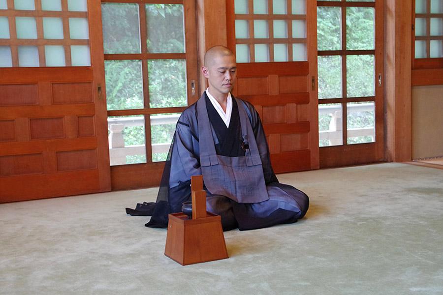 """伝統ある「坐禅」から生まれた、新たなご縁を紡ぐ""""オンライン坐禅会"""""""